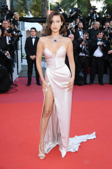 bella-hadid-cannes-red-carpet-beauty