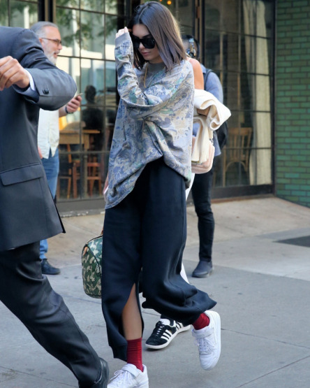 kendall-jenner-new-york-fashion-week-street-style