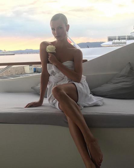 natasha-poly-cannes-beauty-sun-screen-spf-moisturizer