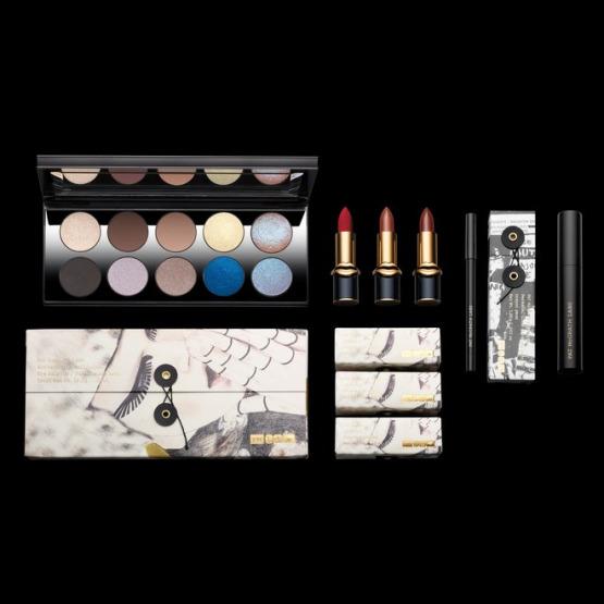 pat-mcgrath-blue-eyeshadow-makeup