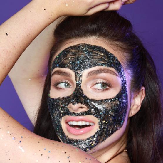 glam-glow-glitter-face-mask