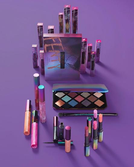 rihanna-fenty-beauty-makeup-galaxy-collection