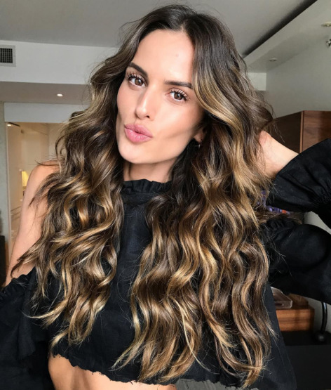 izabel-goulart-hair-beauty-sheet-mask