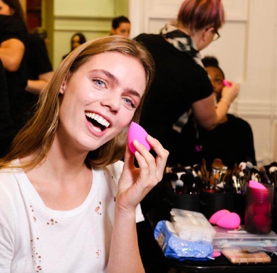 beauty-blender-backstage-makup-sponge-how-to-tips