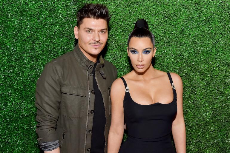 kim-kardashian-kkw-beauty-make-up-mario-eyeshadow-blue-libra