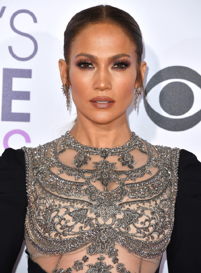 jennifer-lopez-beauty-secrets-make-up-anti-aging-skin-care