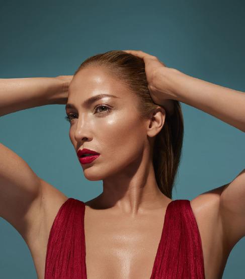jennifer-lopez-beauty-skin-make-up-inglot-collection