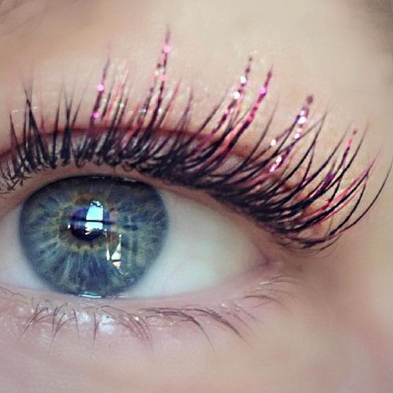 ombre-lash-festival-makeup-mascara