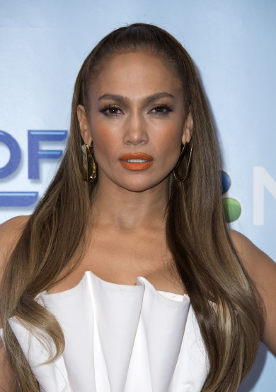 jennifer-lopez-hair-beauty-make-up-skin-lipstick