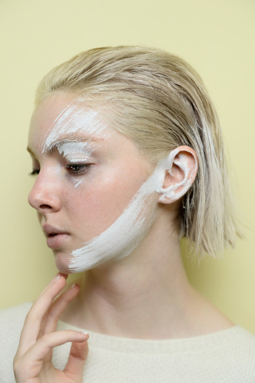 skin-care-peeling-exfoliate-anti-aging-black-spot
