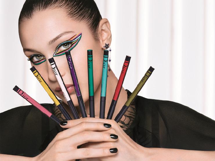 bella-hadid-dior-makeup-eyeliner-cateye-beauty-mascara