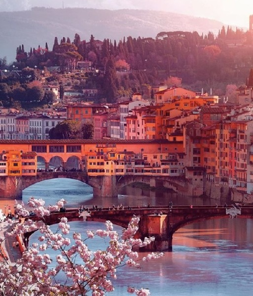 florence-italy-vacation-perfume-summer-holiday
