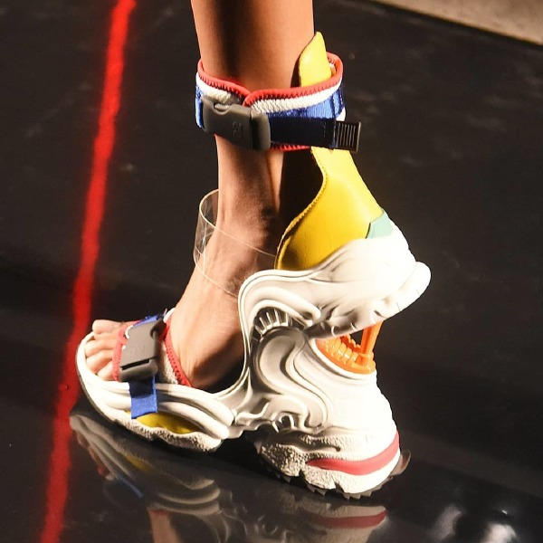 dsquared2-ugly-sneakers-fashion-footwear-trend-ss19