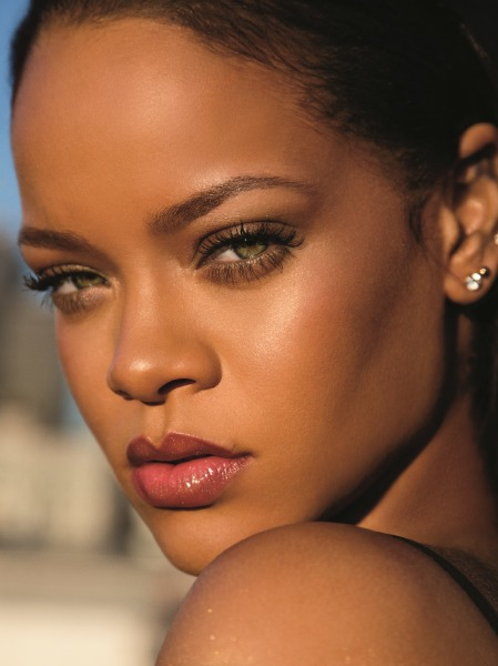 rihanna-fenty-beauty-eyeshadow-palette-make-up-beauty-sephora