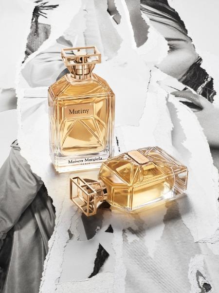 mutinity-willow-smith-maison-margiela-perfume-campaign-galliano
