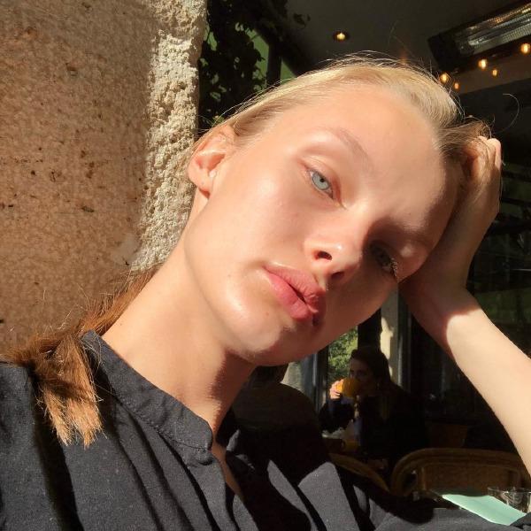kristina-grikaite-face-beauty-make-up-skin-care-tips-sun-light-instagram