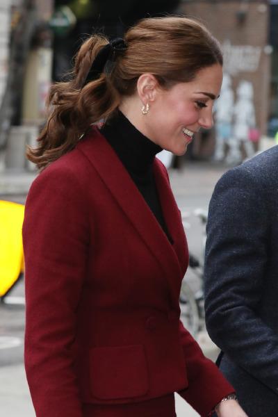kate-middleton-university-college-london-hair-style-beauty-street-style