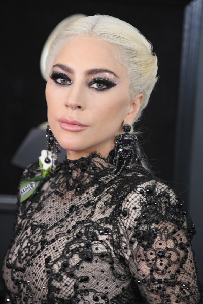 lady-gaga-hair-make-up-beauty-instagram-brand-haus-beauty