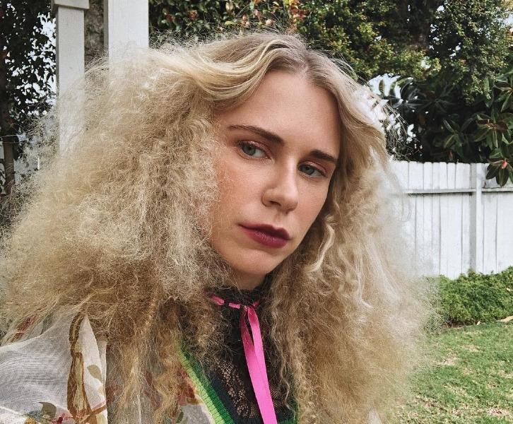 static-hair-beauty-tips-tricks-instagram-model-