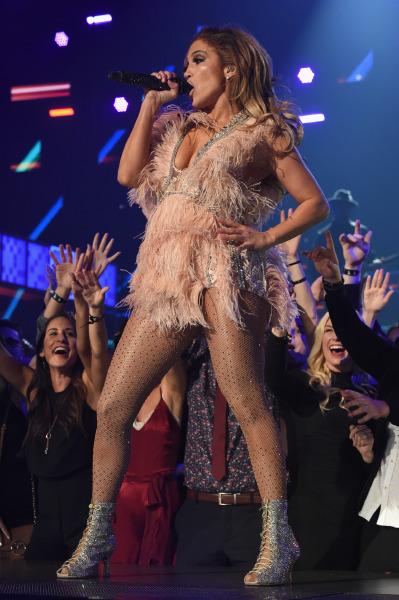 Jennifer Lopez, Nedret Taciroğlu, Grammy
