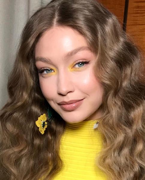 gigi-hadid-paris-beauty-make-up-patrick-ta-instagram-hair