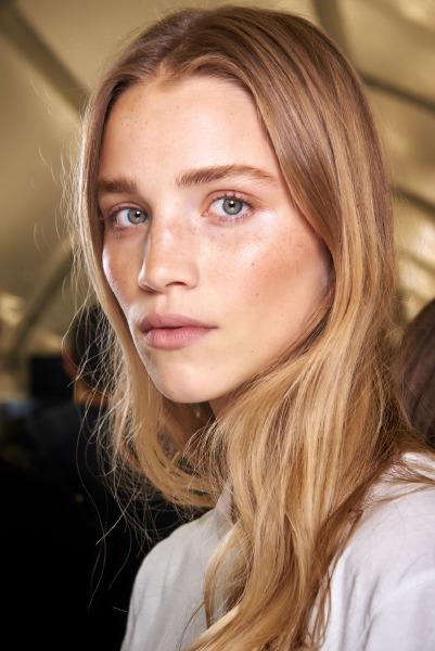 face-beauty-mist-skin-care-make-up