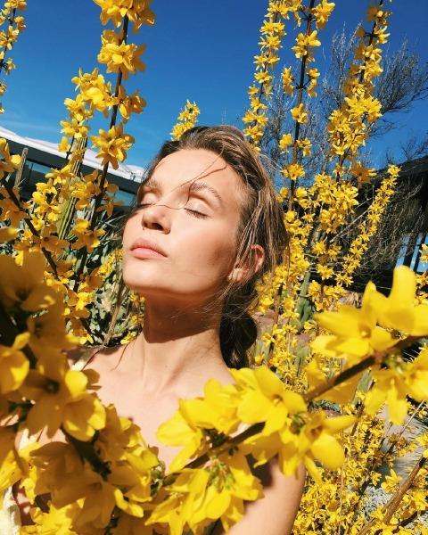 josephine-skriver-skin-care-beauty-instagram