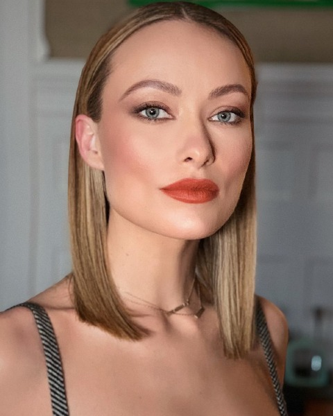 olivia-wilde-hair-make-up-red-carpet-blonde-beauty-vigilante