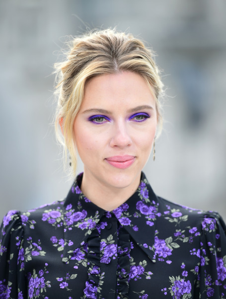 scarlett-johansson-make-up-red-carpet-beauty-eyeshadow-avengers-celebrity