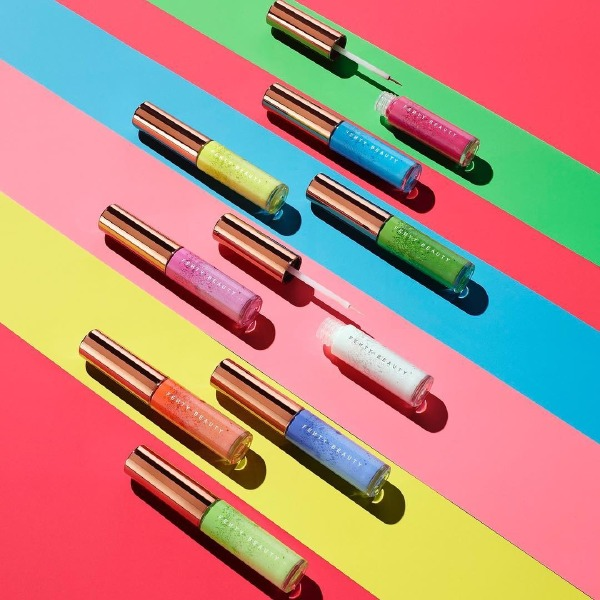 rihanna-fenty-beauty-eyeliner-colorful-summer-make-up