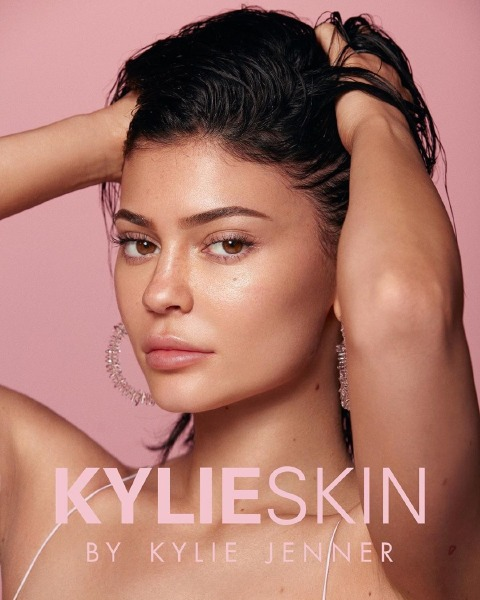 kylie-jenner-cosmetics-skin-beauty-skincare-products
