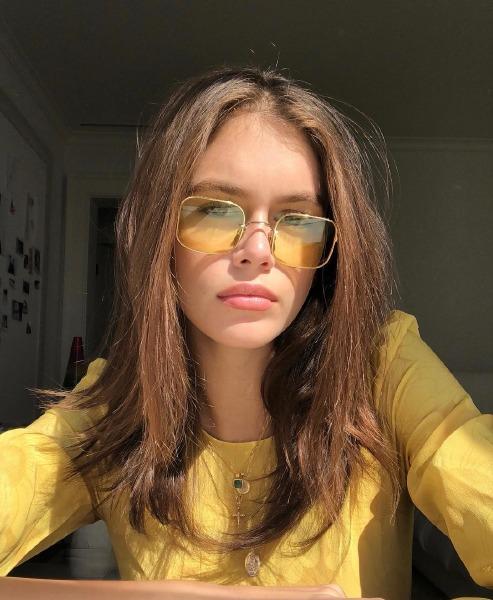 kaia-gerber-hair-beauty-style-make-up-instagram-lob-bob-cut