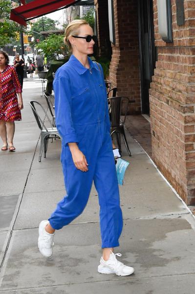 amber-valletta-new-york-street-style-celebrity-jumpsuit-romper