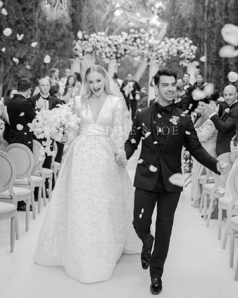 sophie-turner-wedding-joe-jonas-bride-bridal-gown-dress