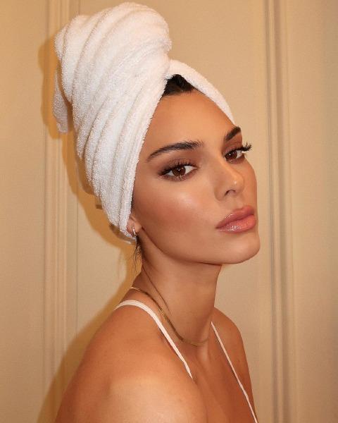 kendall-jenner-make-up-beauty-skin-care