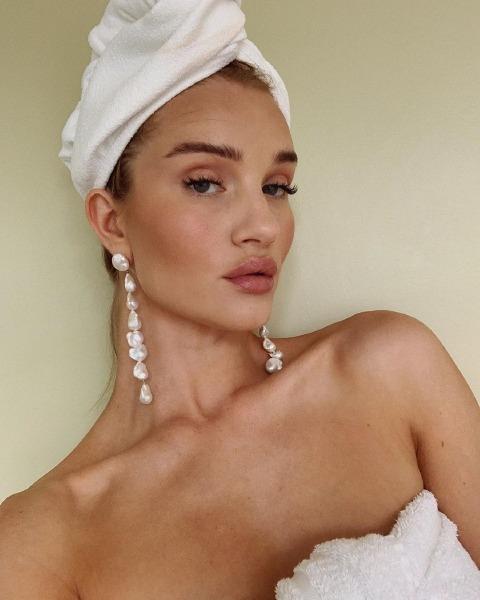 neck-age-skin-care