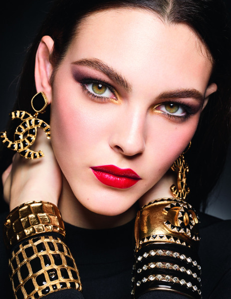 chanel-beauty-make-up-holiday-collection-2019
