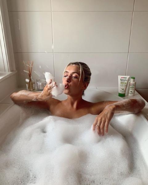 louis-follain-skin-care-winter-bath-soak-beauty